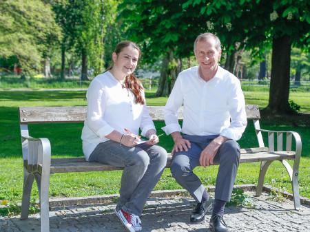 ZAK-Redakteurin Julia Fruhmann im Gespräch mit AK-Präsident Josef Pesserl. © Graf, AK Stmk