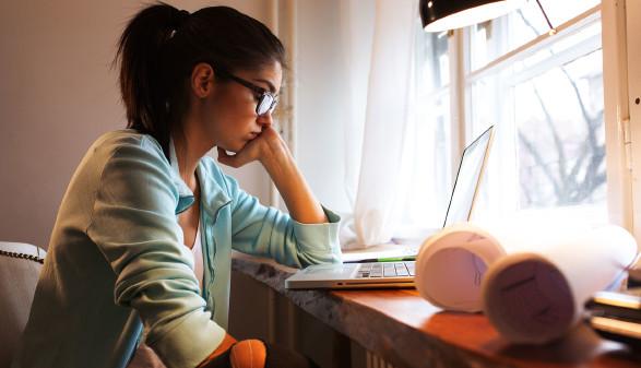 Studie: Junge Mädchen brauchen nach wie vor Mut, eine Informatikausbildung zu besuchen. © SolisImages - stock.adobe.com, AK Stmk