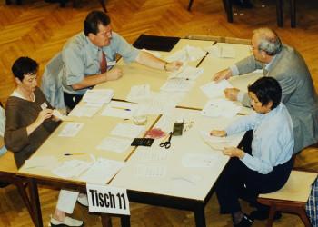 Auszählung der Wahlkarten im AK-Kammersaal. © Sammlung Paier, AK Stmk