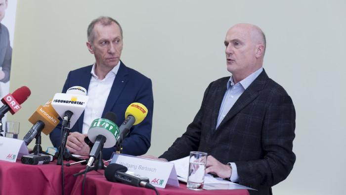 AK-Präsident Josef Pesserl und AK-Direktor Wolfgang Bartosch präsentieren die Zahlen 2019. © Graf-Putz, AK Stmk