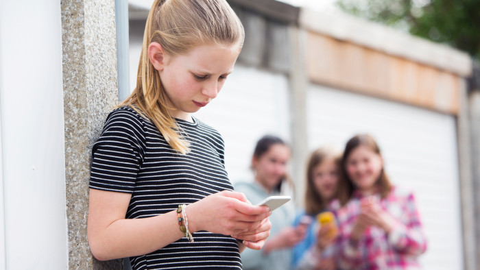 37,9 Prozent der befragten Schulkinder geben an, dass sie von irgendeiner Art von Mobbing oder Gewalt betroffen sind. © Daisy Daisy - stock.adobe.com, AK Stmk