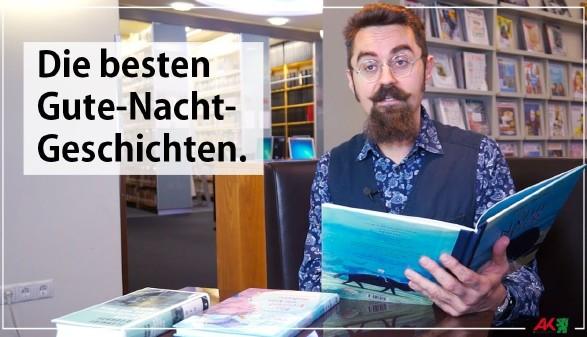 Alex aus der AK-Bibliothek stellt Gute-Nacht-Geschichten vor. © -, AK Stmk