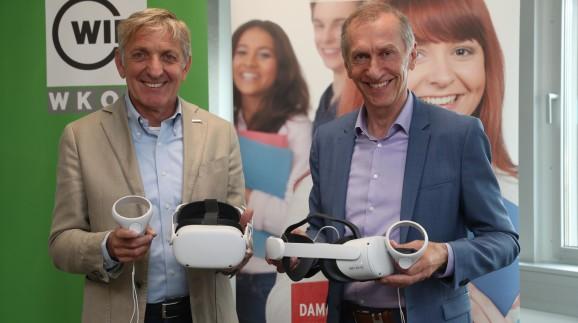 WKO-Präsident Josef Herk (l.) und AK-Präsident Josef Pesserl präsentieren das neue Programm  © Radspieler, AK Stmk