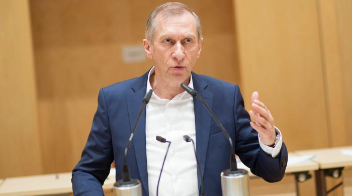 AK-Präsident Josef Pesserl fordert, dass der Karfreitag für alle arbeitsfrei sein soll. © Sandra Temmel, AK