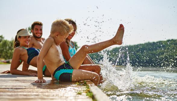 Familie im Urlaub © Robert Kneschke, stock.adobe.com