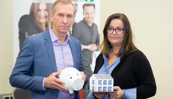 AK-Präsident Pesserl Josef Pesserl mit Bettina Schrittwieser, Leiterin des Konsumentenschutzes. ©  Buchsteiner, AK Stmk
