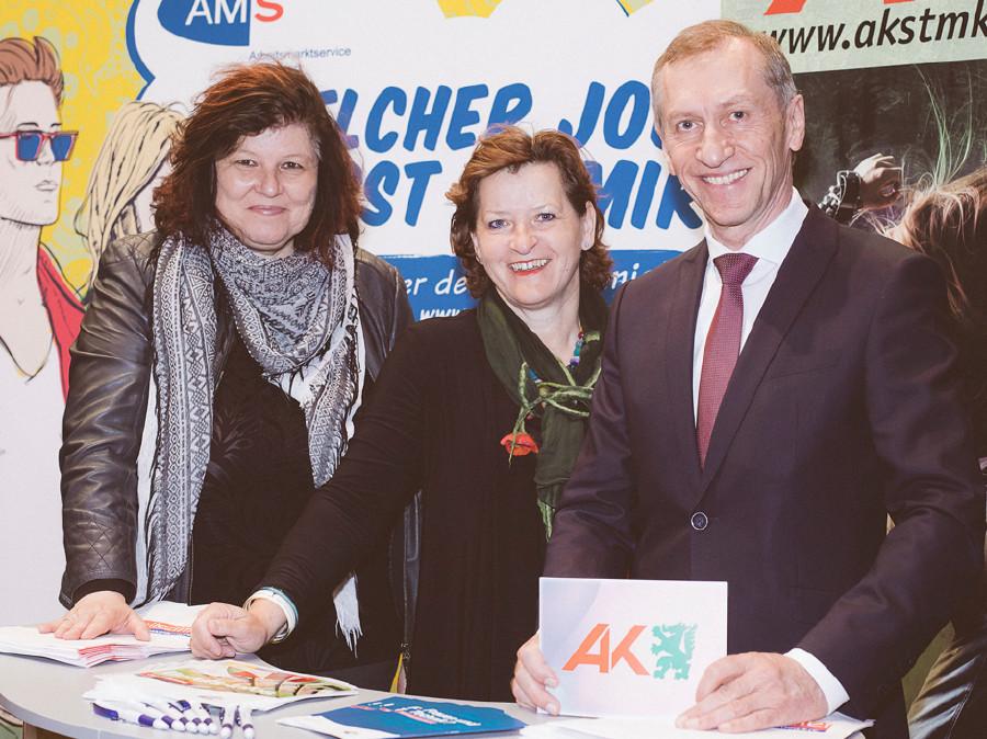 Christina Lind (AMS Steiermark) Landesrätin Ursula Lackner und AK-Präsident Josef Pesserl. © Marija Kanizaj, AK Stmk