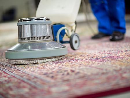 Teppichreinigung © luckybusiness, Fotolia