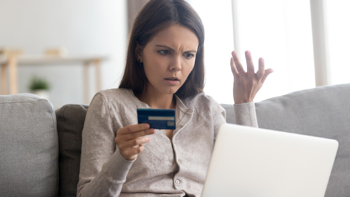 Onlinezahlungen mit Kreditkarte © fizkes , stock.adobe.com