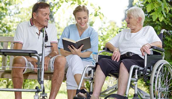 Die Pflegeheimkosten sind mit 1. Dezember 2017 gestiegen. © Adobe.stock.com/©Karin & Uwe Annas, AK Stmk