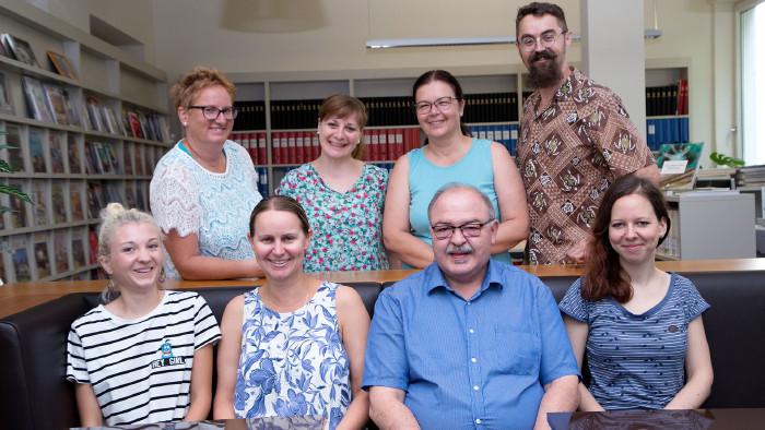 Das Team der AK-Bibliothek ist gerne für Sie da. © Buchsteiner, AK Stmk