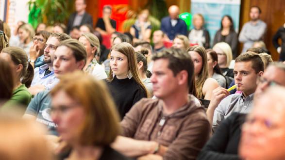 """160 Interessierte kamen zur AK-Veranstaltung """"Cybermobbing"""". © Graf-Putz, AK Stmk"""