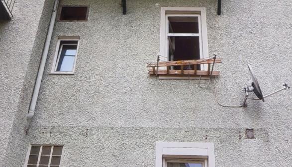 Diese Leiter sollte als Steighilfe für eine Reparatur dienen. © -, AK Stmk