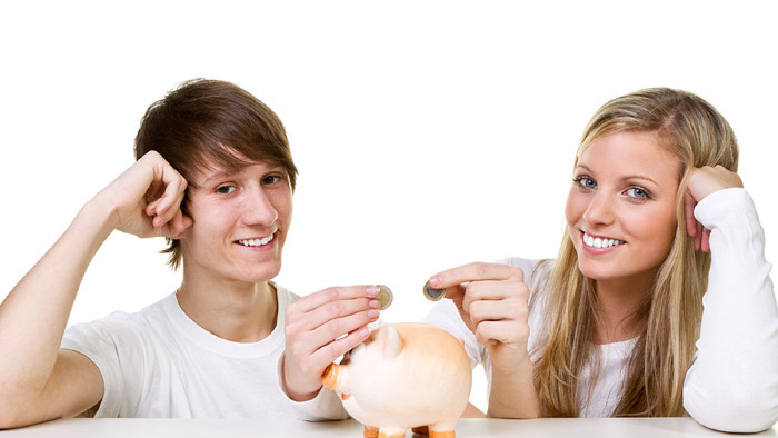 Wie viel verdienen Lehrlinge? © stock.adobe.com/Picture-Factory, AK Stmk