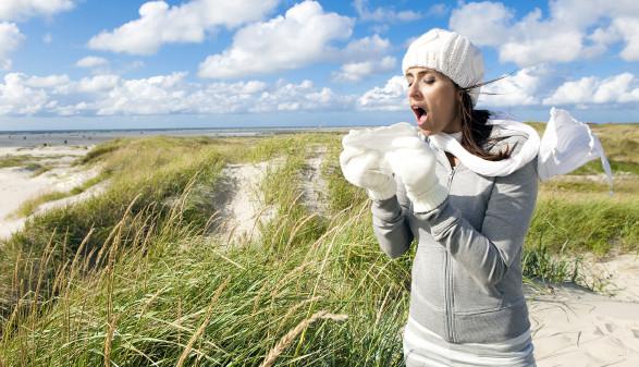 Unbedingt melden, wenn Sie im Urlaub länger als drei Tage krank sind. Dann wird der Urlaub durch Krankenstand unterbrochen. © drubig-photo - stock.adobe.com, AK Stmk