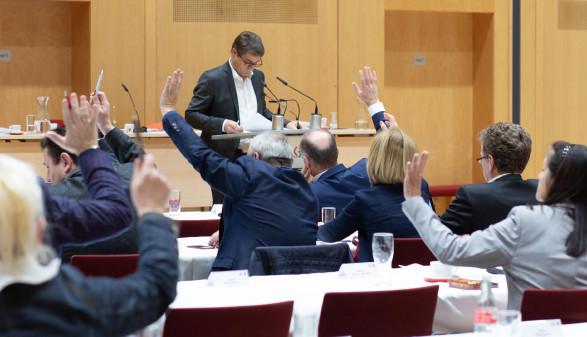 Abstimmung über Verbesserungen für die Beschäftigten in der AK-Vollversammlung. © Temel, AK
