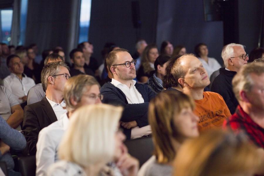 Das Publikum folgte aufmerksam den Ausführungen des Vortragenden. © Graf-Putz, AK Stmk