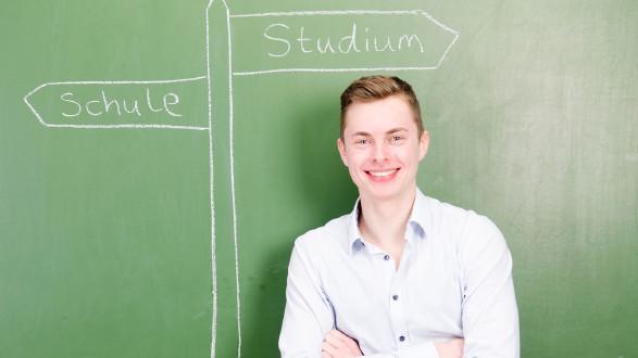 Hilfe bei der Entscheidung für die richtige Schule oder Ausbildung. © Picture-Factory---adobestock, AK Stmk