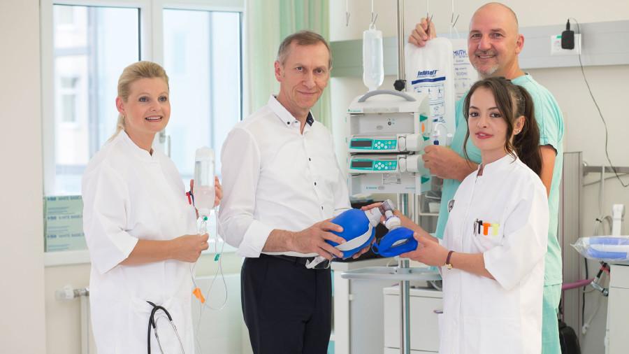 AK-Präsident Josef Pesserl ist oft in Krankenhäusern, um sich zu informieren. © Graf-Putz, AK