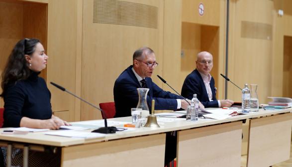 AK-Präsident Josef Pesserl (Mitte) mit AK-Vizepräsidentin Patricia Berger und AK-Direktor Wolfgang Bartosch. © Temel, AK Stmk