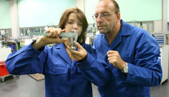 Fachkräfte sind die Basis unserer Wirtschaft. © Gina Sanders, Fotolia.com