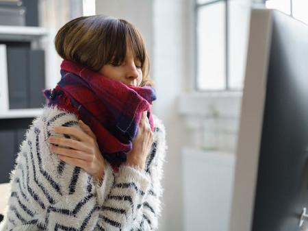 Für die Temperaturen am Arbeitsplatz im Winter gibt es Regeln. © Fotolia.com/contrastwerkstatt., AK Stmk
