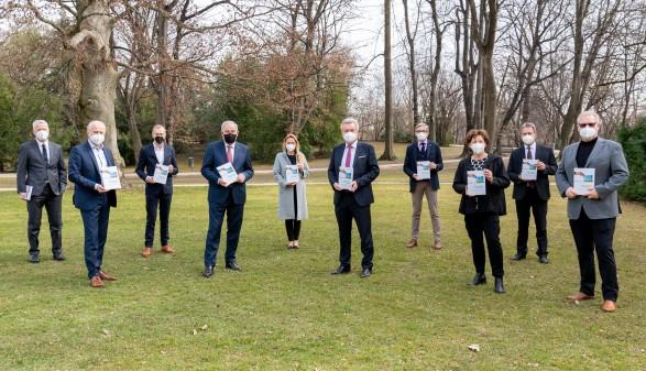 Sozialpartner und Landesregierung ziehen bei der Klimapolitik an einem Strang. © Land Steiermark/Streibl, AK Stmk