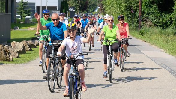 Radfahren und ein Fest für die ganze Famlien. Der AK-Familienradwandertag von Graz nach Leibnitz. © Fotostudio44, AK Stmk