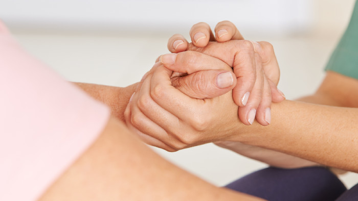 Unterstützung unserer Abteilung Gesundheit und Pflege für Beschäftigte im Pflegebereich. © Robert Kneschke/Adobestock, AK Stmk