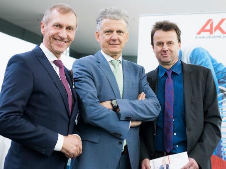 """AK-Präsident Josef Pesserl mit Arbeitsrechtsexperten Gert-Peter Reissner und Werner Anzenberger bei """"Arbeitsrechtliche Entscheidungen"""". © Kanizaj, AK Stmk"""