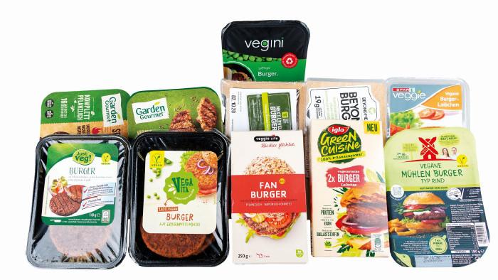 AK und VKI haben verschiedene vegane Burger-Produkte unter die Lupe genommen. © VKI, AK Stmk