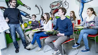 Schüler und Schülerinnen beim Bewerbungstraining © Kanizaj, AK Stmk