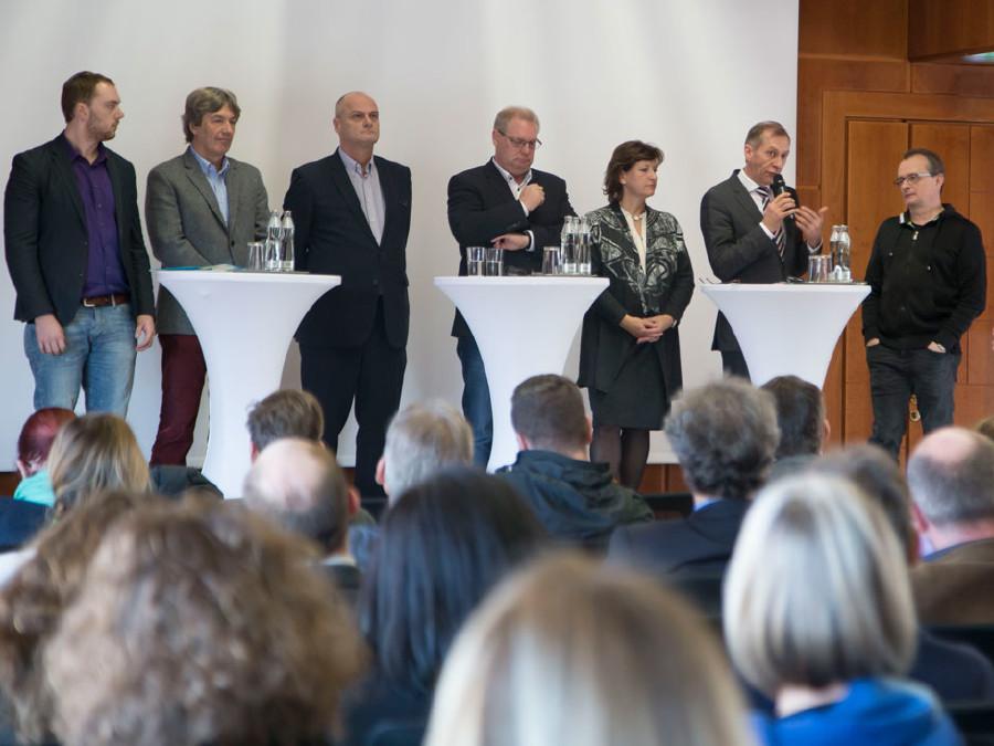 Podiumsdiskussion nach der Lehrlingsstudie von Bernhard Heinzlmaier © Graf, AK Stmk