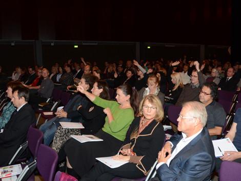 Publikum in der List Halle © Langmann, AK Stmk