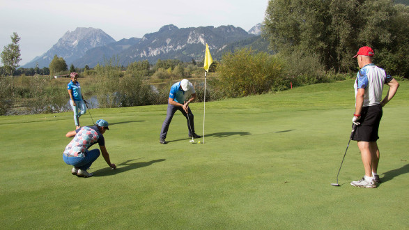 Schöne Duelle beim Abschlag und am Green. © Betriebssport, AK Stmk