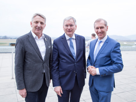 AK-Präsident Josef Pesserl mit Sozialminister Alois Stöger und WK-Präsident Josef Herk (v.r.n.l.). © Graf, AK Stmk