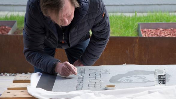 Burkhard Stulecker hat zum Gedenken an den Schriftsteller Franz Innerhofer ein Kunstwerk entwickelt. © Temel, AK Stmk